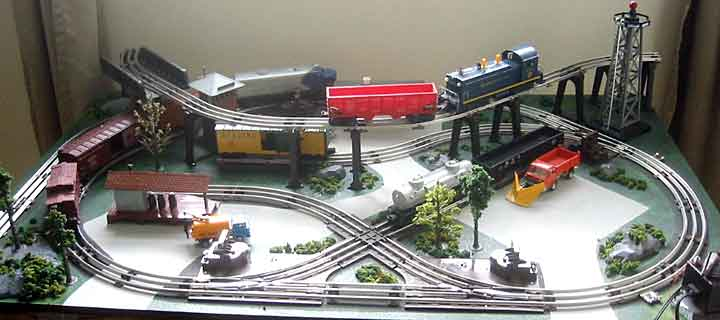 M-J's O scale table