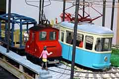 G-scale trolley