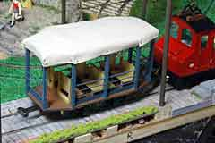 G-scale trolley