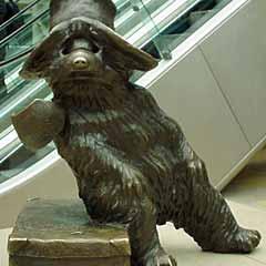 Statue of Paddington Bear