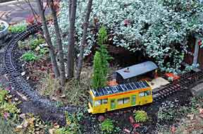 Solar-powered G tram