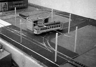 Wye reversing track